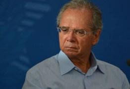 Governo Bolsonaro afrouxa trava de Guedes e libera concursos em meio a corte de gastos