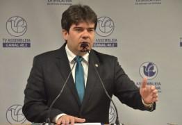 Assembleia aprova pedido de Eduardo de linha de crédito para artistas e transportadores de turismo e escolares