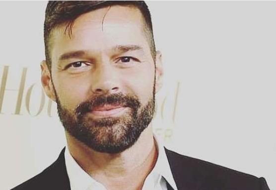 """Capturarw - Ricky Martin afirma """"não ser fácil"""" morar nos Estados Unidos"""