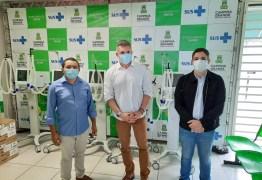 Julian Lemos faz entrega de 10 respiradores para tratamento da COVID-19, em Campina Grande – VEJA VÍDEO