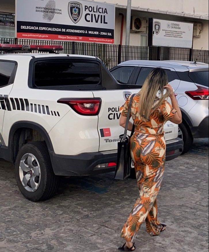 WhatsApp Image 2020 07 25 at 22.41.36 1 e1595763477887 - Paula Meireles presta queixa contra crime cibernético na Polícia Civil e na PF: 'Vou até o fim'