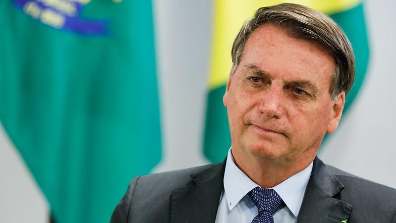 bolsonaro generica - Bolsonaro tentou dar um golpe militar em maio, revela revista