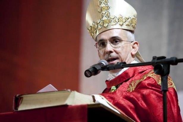 dom - LUTO: Bispo Dom Henrique Soares da Costa morre de Covid-19