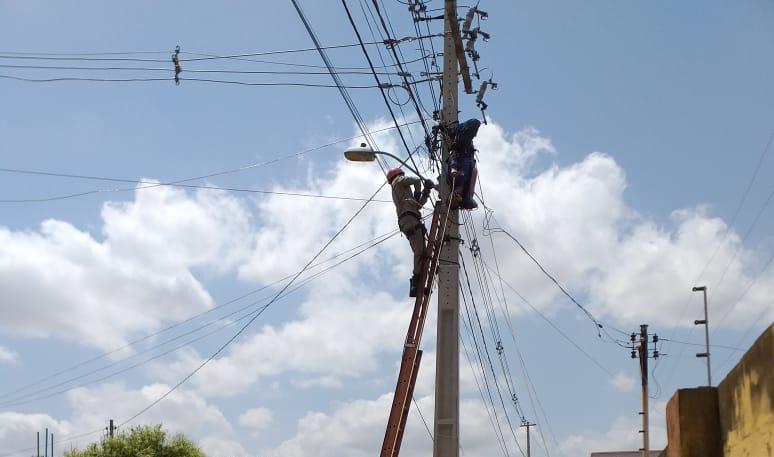 e3518dec 27c5 4169 8163 8be389603c02 - Homem sofre descarga elétrica e cai de altura de cinco metros em João Pessoa