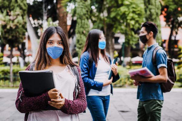 estudantes mascara - Participantes terão que usar máscara durante as provas do Enem 2020