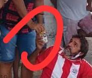 f154a6c5 0c2e 428b bfd8 6124de917739 - Pré-candidato a prefeito de Patos, Dr. Ramonilson, faz campanha antecipada com direito a aglomeração e bebida alcoólica - VEJA IMAGENS