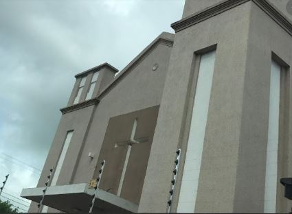 igreja - Bandidos invadem casa paroquial e levam mais de R$8 mil durante missa, em Campina Grande