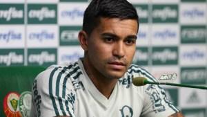 naom 5ac903ffec998 300x169 - Palmeiras espera concluir saída de Dudu nesta terça-feira