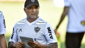 naom 5f0da982049e6 300x169 - Contrato de Sampaoli com o Atlético-MG tem multa de US$ 2,5 milhões