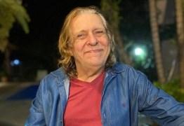 """Morre Renato Barros, líder da banda """"Renato e Seus Blue Caps"""", aos 76 anos"""