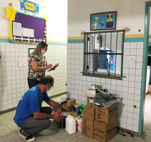 unnamed 60 1 1 - Escolas e creches de Campina Grande recebem kits com EPIs e produtos de higiene e limpeza