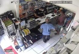 Técnico de enfermagem é esfaqueado em fila de loja em João Pessoa; VEJA VÍDEO