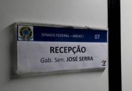 Senado barra entrada de PF no gabinete de José Serra