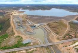 Tubulação de barragem que recebe água da transposição se rompe no Ceará – VEJA VÍDEO