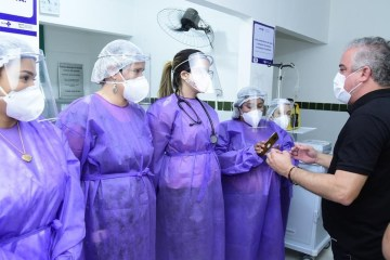 Prefeitura de Alhandra inaugura Pronto Atendimento 24h e entrega van para transporte de pacientes