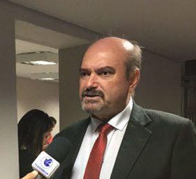 """Deputado Jeová Campos justificou seu voto em defesa da PEC da Previdência e1597262097960 - """"Meu voto favorável a PEC que trata da Reforma da Previdência na PB  foi em favor de um equilíbrio fiscal inevitável"""" , diz Jeová Campos"""