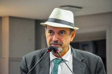 Deputado Jeova Campos afirma que retomada das atividades da ALPB precisa ser avaliada sob a ótica do coletivo - Jeová Campos pede reforço da PF em Cajazeiras para coibir compra de votos