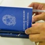 Emprego Foto Marcello Casal Agência Brasil 696x416 1 - Governo da Paraíba assina contrato para geração de 200 vagas de emprego