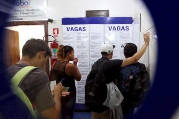 naom 5ae31ad620e91 - Taxa de desemprego sobe a 13,7% na 4ª semana de julho, diz IBGE