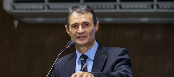 romero - ACUSADO DE NEPOTISMO: Romero Rodrigues tem 90 dias para regularizar contratações