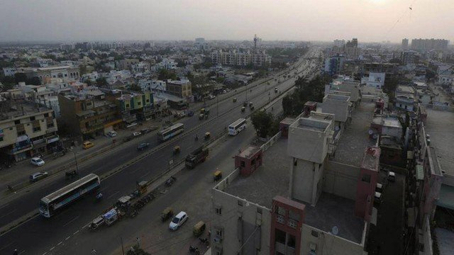 xblog india.jpg.pagespeed.ic .8B5zEx22JV - Mulher é presa após marido se suicidar por 'falta de sexo'
