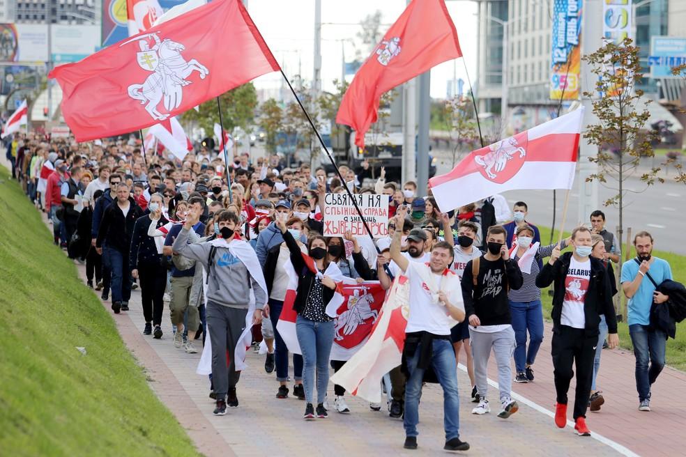 000 8pv6x3 - Cerca de 250 manifestantes são detidos em protesto na capital de Belarus