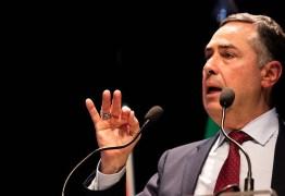 Não impressiona retórica de Bolsonaro, diz Barroso sobre pronunciamento do 7 de setembro