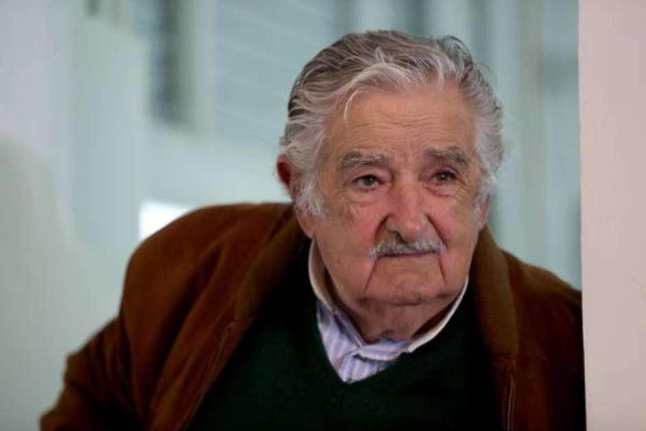 4476be7570cdbd3c84f5751eb3b95062 - Mujica, ex-presidente do Uruguai, anuncia saída da política