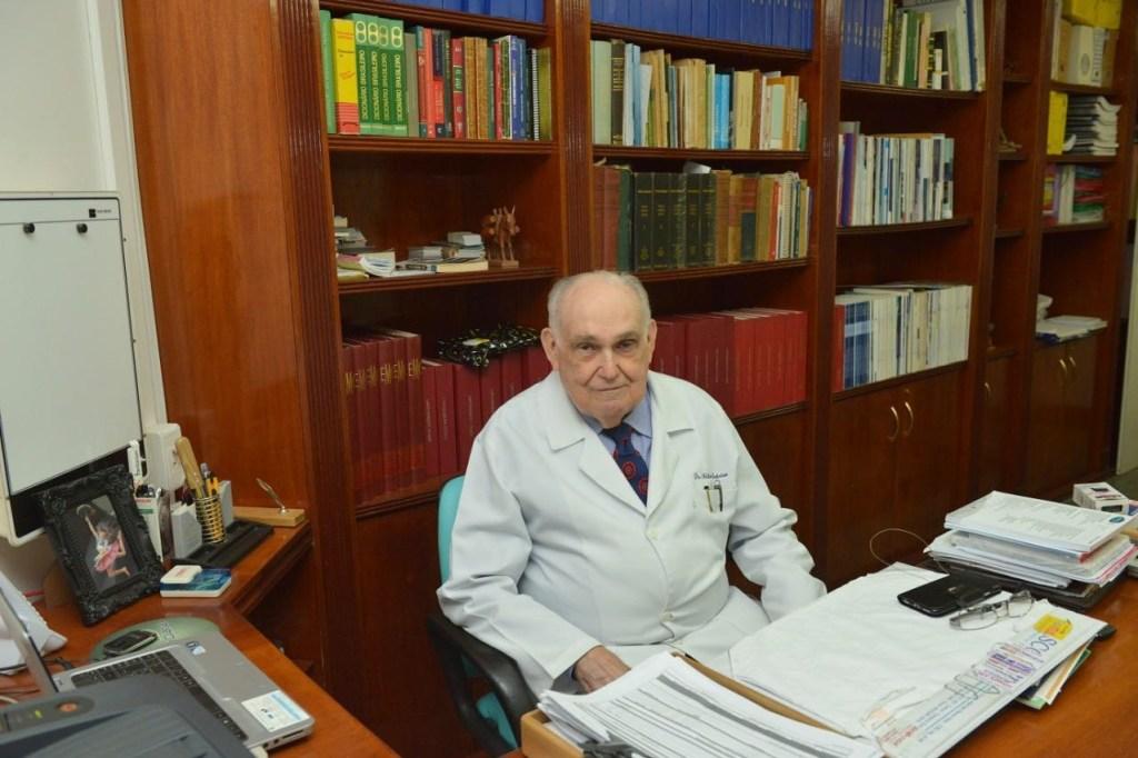 61989727 2548697908497197 3612676548068376576 o 1024x682 - Morre o médico Milton Medeiros em Campina Grande