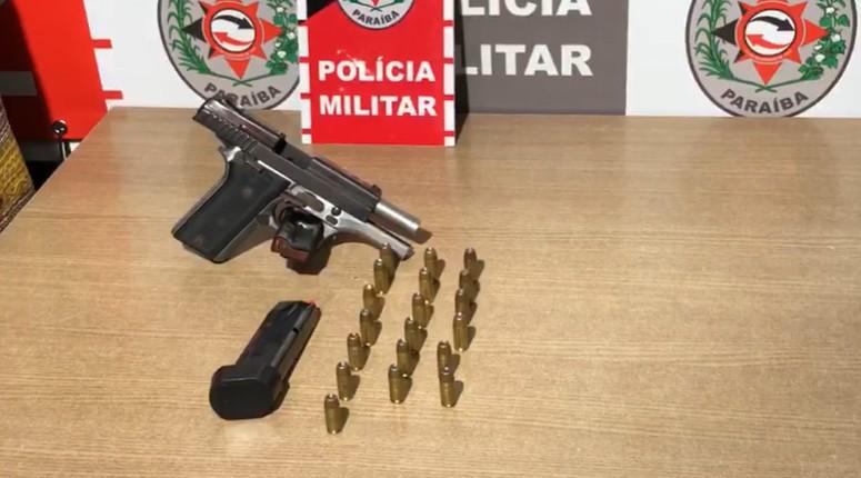 APREENSAO PM NZR - CIDADE SEGURA: Polícia prende suspeitos, apreende armas de fogo e drogas em operação na PB
