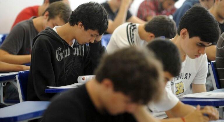 Campina Grande abre consulta pública sobre ensino híbrido