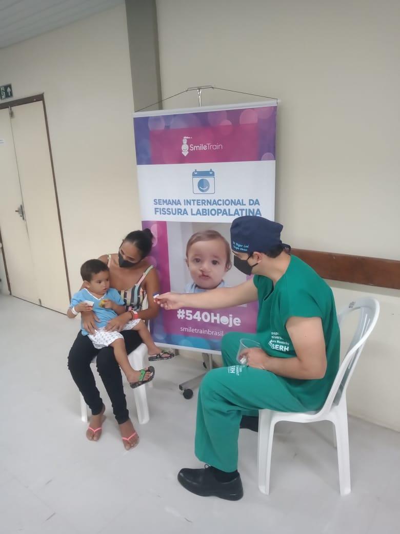Semana de Fissuras1 2020 - Após retomar atendimentos, Serviço de Fissuras Labiopalatinas do HULW celebra Dia Mundial do Sorriso