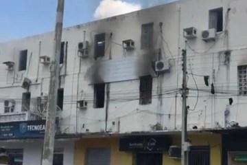 Ameaça de incêndio atinge sede do Atlético de Cajazeiras; Jogadores saíram pelas janelas – VEJA VÍDEO
