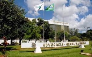 agu 300x188 - De uma só vez, AGU promove 606 procuradores com salário de R$ 27,3 mil