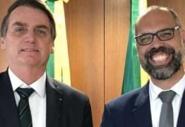 """Blogueiro Allan dos Santos manda WhatsApp a Bolsonaro: """"Nunca mais me ligue!"""" e chama ministro Pazuello de """"canalha"""""""