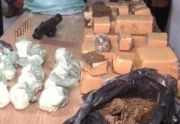 Grupo é preso com drogas e arma de fogo encontradas dentro de tonéis em João Pessoa
