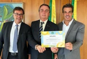 axxlvaro garnero turismo 300x203 - Depois de Ronaldinho Gaúcho, Álvaro Garnero vira embaixador do Turismo do governo Bolsonaro