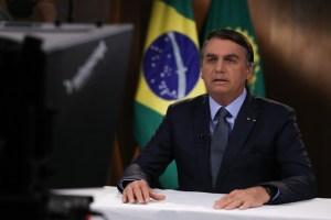 bolsonaro onu 300x200 - Dona de casa vai à Justiça para receber Auxílio Emergencial de US$ 1 mil que Bolsonaro disse à ONU que pagou