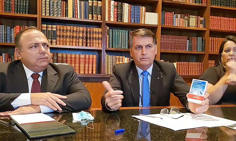 bozo 1 - Bolsonaro decide efetivar Pazuello como ministro da Saúde