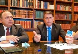 Bolsonaro decide efetivar Pazuello como ministro da Saúde