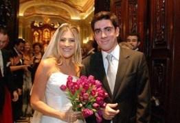 Dani Calabresa doa vestido de noiva de casamento com Marcelo Adnet