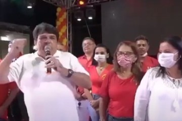discurso - Candidato do PCdoB coloca mudo para discursar durante convenção - VEJA VÍDEO