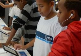 96,6% dos alunos sem acesso à internet no Brasil são da rede pública, revela Ipea