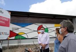 João Azevêdo realiza visita técnica a obras de habitação, esporte e social em João Pessoa
