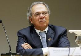 Guedes quer cortar mais de 20 benefícios para financiar o Renda Brasil