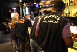 Procon-JP notifica bares da orla por descumprir protocolos de segurança