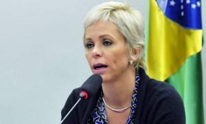 xcristianebrasil.jpg.pagespeed.ic .9h5y hXPiC 300x180 - Após ter prisão decretada, Cristiane Brasil se apresenta à polícia: 'Só empobreci na política'