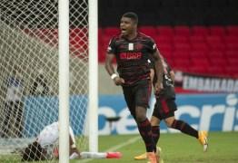 ATUAÇÕES: jogadores do Flamengo sentem desgaste físico e têm rendimento fraco no Maracanã