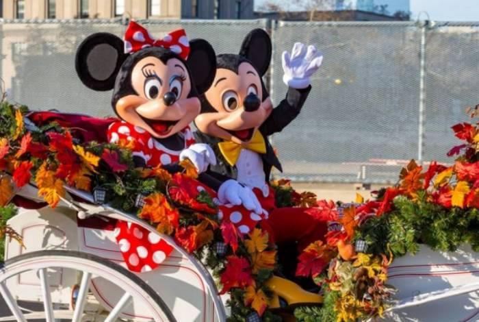 1 disney 10520019 - Quase 50 mil dólares são arrecadados por blogueiros para doar aos desempregados dos parques da Disney
