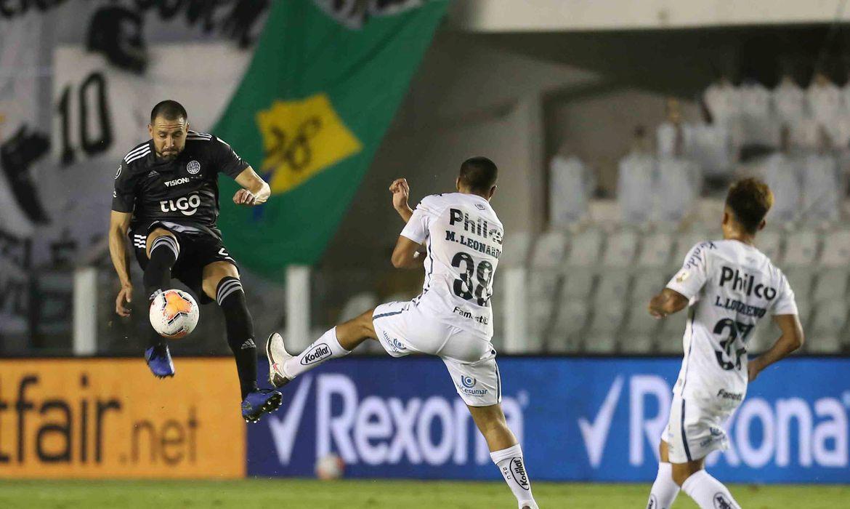 2020 09 16t023334z 867410171 rc2ezi97hyx3 rtrmadp 3 soccer libertadores sts olp report - Libertadores: Santos enfrenta Olímpia no Paraguai